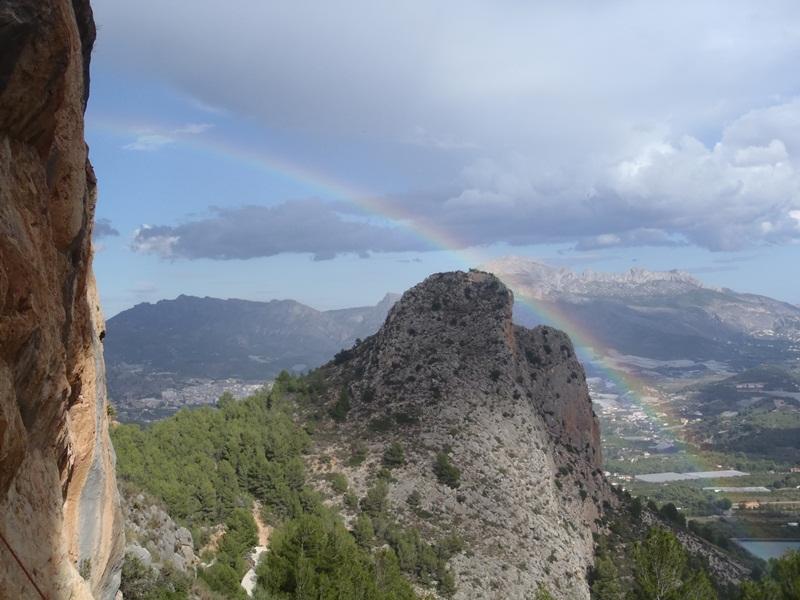 Arco Iris sobre los Castellets.