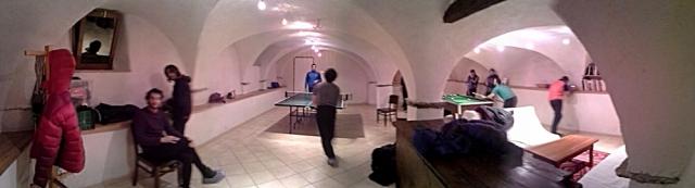 Super-apartamento, sala de juegos.